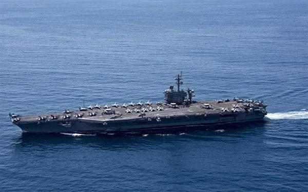 Авианосец ВМС США «Карл Винсон» оставляет район Корейского полуострова