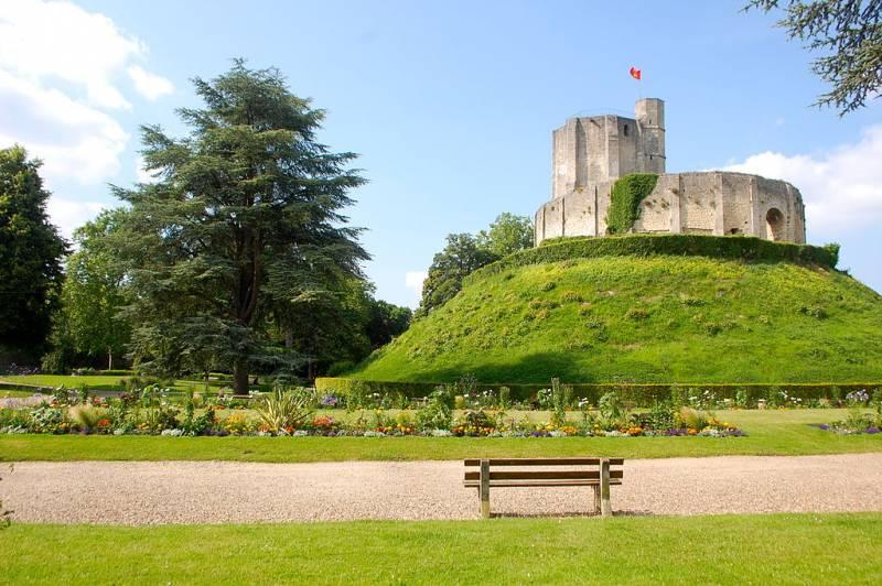 Сокровища тамплиеров: замок Жизор