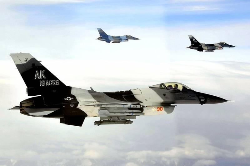 ВВС США покинули Сирию по требованию России?