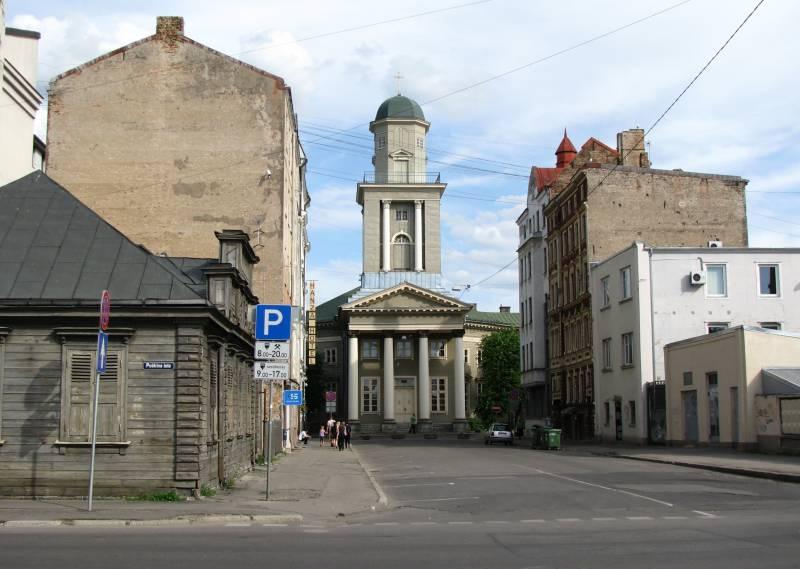До российского вторжения в Прибалтику остались «минуты»? К вопросу о «разумной стратегии» Латвии