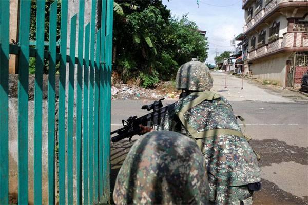 НаФилиппинах десять военных погибли под «дружественным огнем»