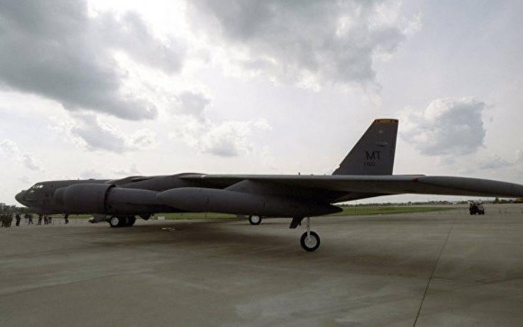 Пентагон перебрасывает на учения в Европу бомбардировщики B-52