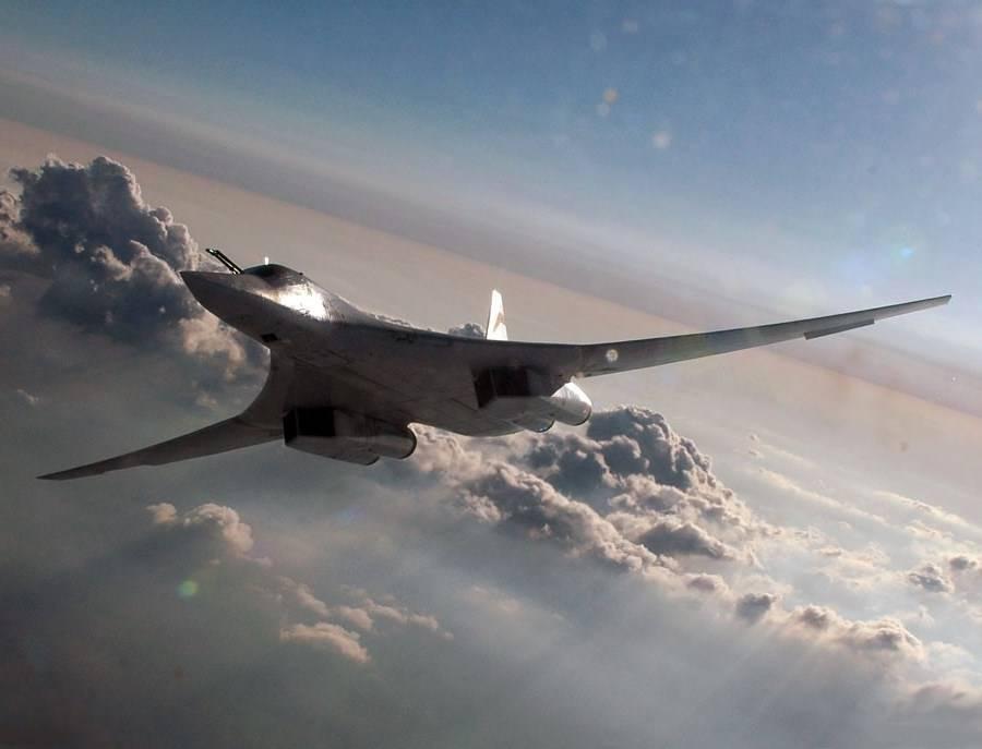Шойгу рассказал оначале изготовления первых агрегатов ракетоносца Ту-160