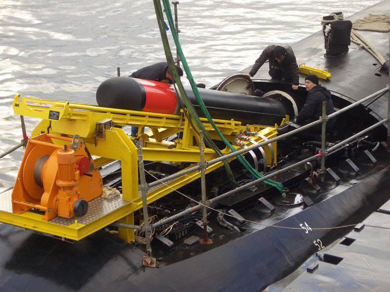 İkinci Hint denizaltı projesi Akrep denize açıldı