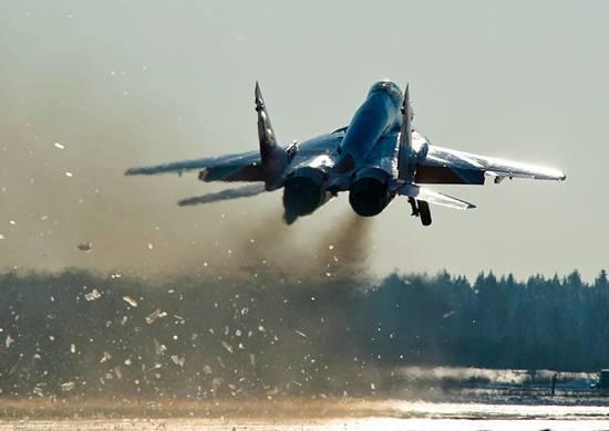 ВКурской области потревоге подняли экипажи полка МиГ-29