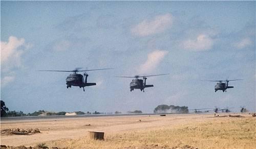 СМИ Ирана: Авиация США вывозит игиловских инструкторов из Ракки