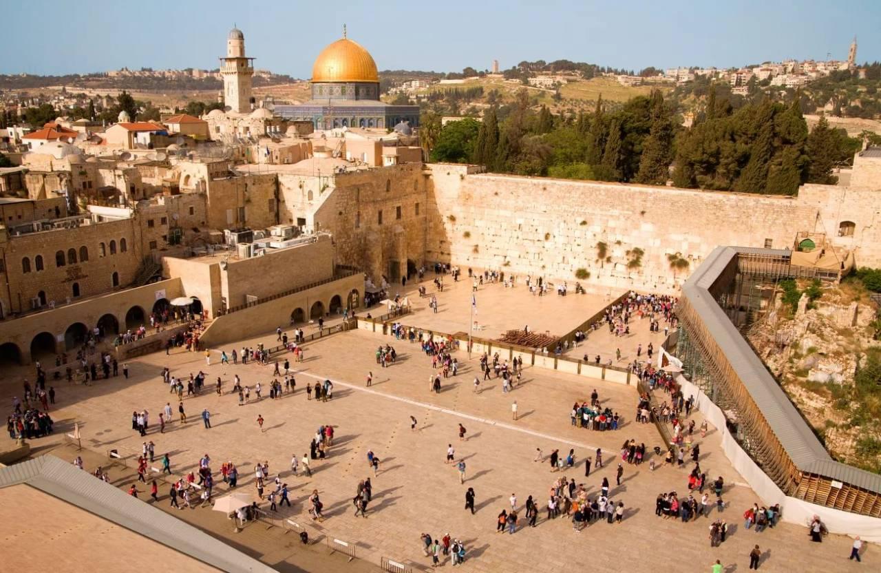 Израильский министр призвалРФ перенести посольство вИерусалим