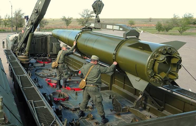В ВВО поступил бригадный комплект ОТРК «Искандер-М»