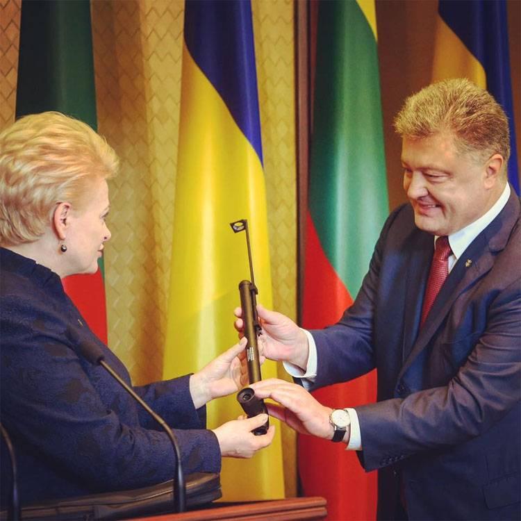 Грибаускайте в Харькове Литва поможет Украине блокировать  Грибаускайте в Харькове Литва поможет Украине блокировать строительство Северного