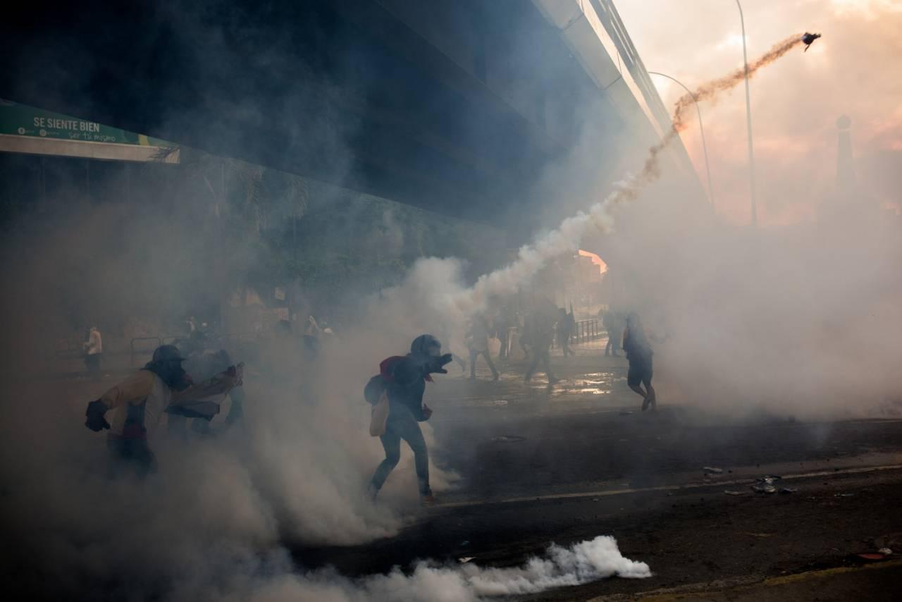 Иск против президента подала оппозиция вВенесуэле