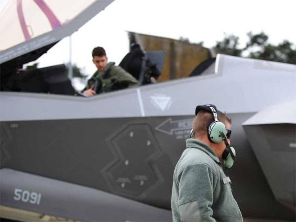 СМИ: В США приостановили эксплуатацию более полусотни F-35