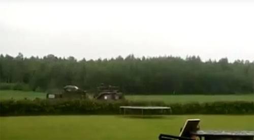 Натовцы в Латвии отрабатывают стрельбы в метре от лужайки частного домовладения