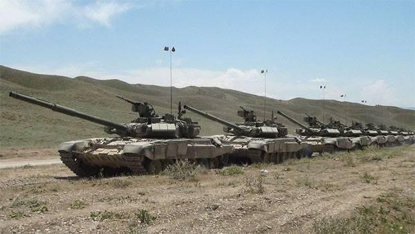 Азербайджан начинает масштабные учения с применением бронетехники и авиации
