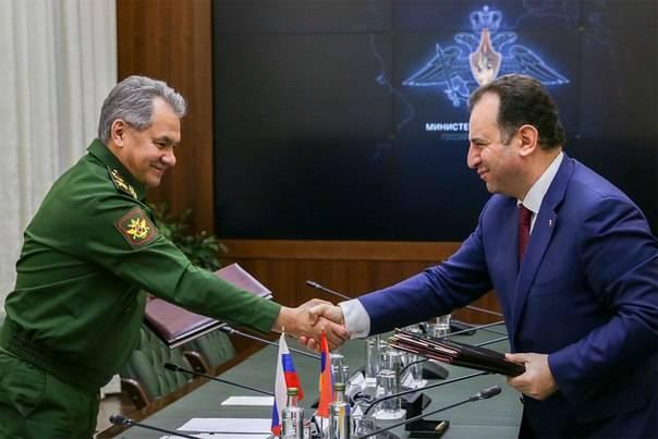 Кабмин РФ одобрил Соглашение об объединенной группировке войск с Арменией