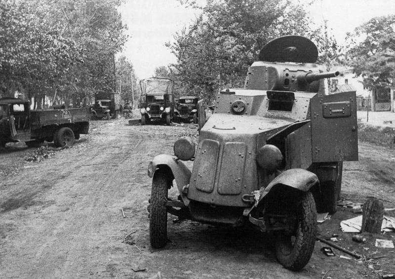 द्वितीय विश्व युद्ध के पहिया बख्तरबंद वाहन। 7 का हिस्सा। सोवियत बख़्तरबंद कार BA-10