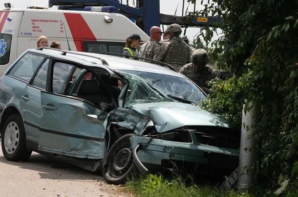 Мы едем, едем, едем: очередное ДТП с участием солдат НАТО