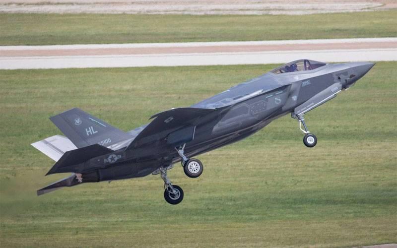 """Н - Независимость. Германии """"настоятельно рекомендовали"""" купить F-35"""