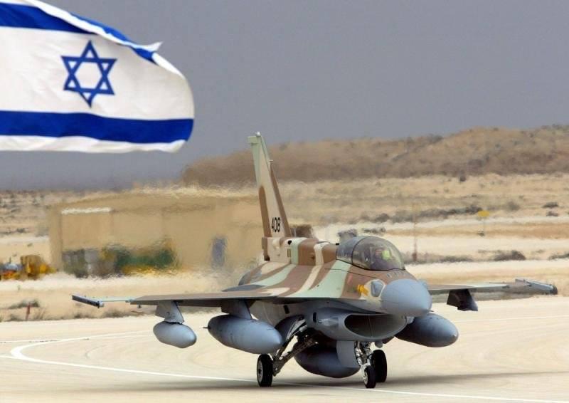 Авиация Израиля нанесла удар по позициям сирийской армии