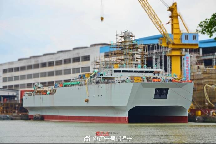 В КНР спущено на воду судно-катамаран морской разведки и наблюдения