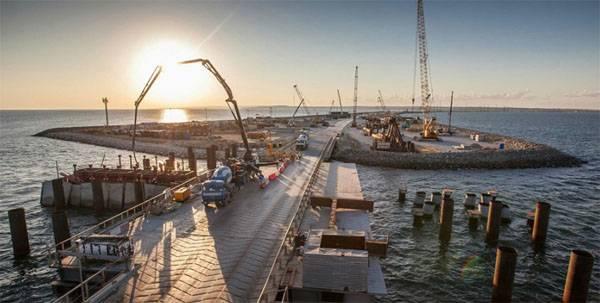 """Украина просит NASA провести """"экологическую проверку"""" Керченского моста"""