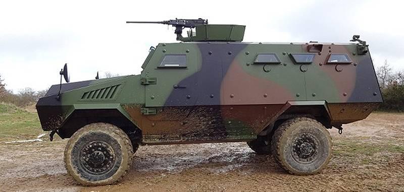 轻装甲4x4。 2部分