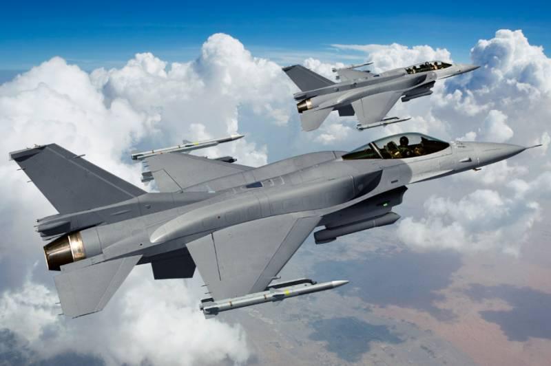 Индия выбирает между F-16 и JAS 39 Gripen