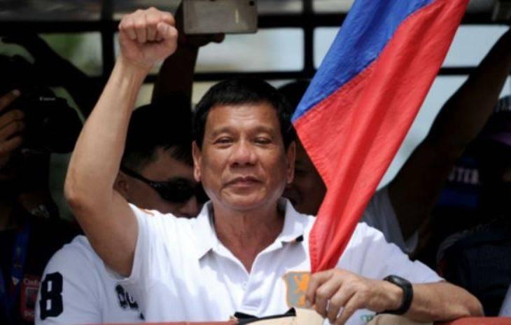 Дутерте пригрозил «посадить за решетку» критиков военного положения на Филиппинах