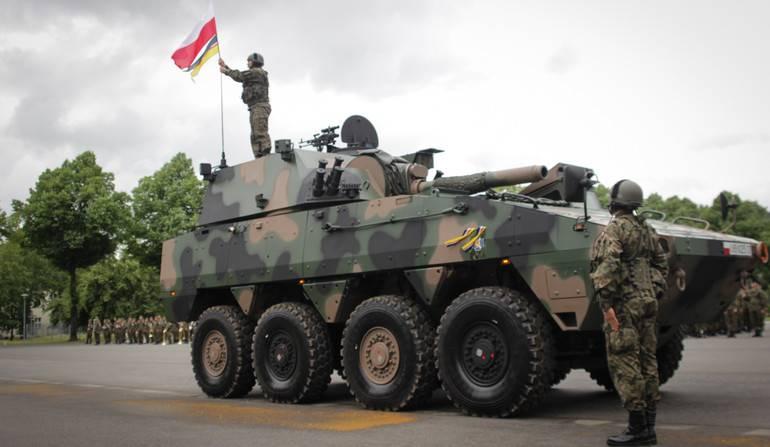 ВС Польши получили первую батарею 120-мм самоходных минометов Rak
