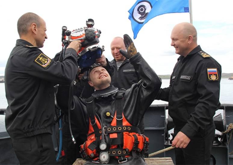 Водолазы СФ завершили подготовку к работам на затонувшем транспорте «Томас Дональдсон»