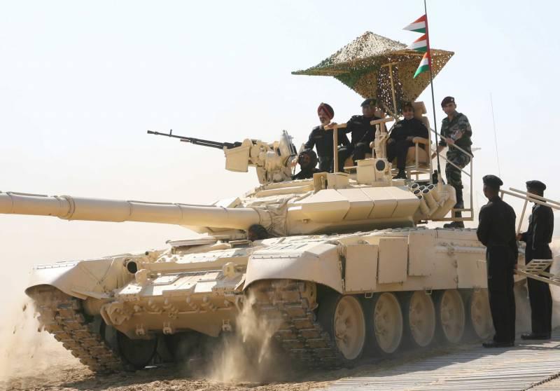 Ближневосточный маневр: «Уралвагонзавод» объявил осборке Т-90 вЕгипте