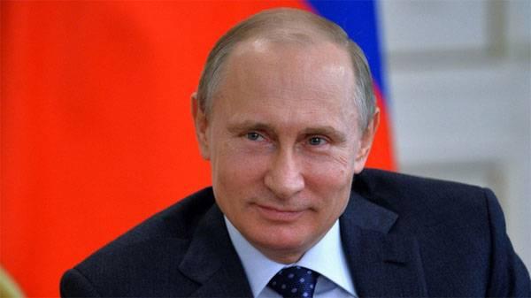 """Владимир Путин написал статью для немецкой газеты о """"Большой Двадцатке"""""""