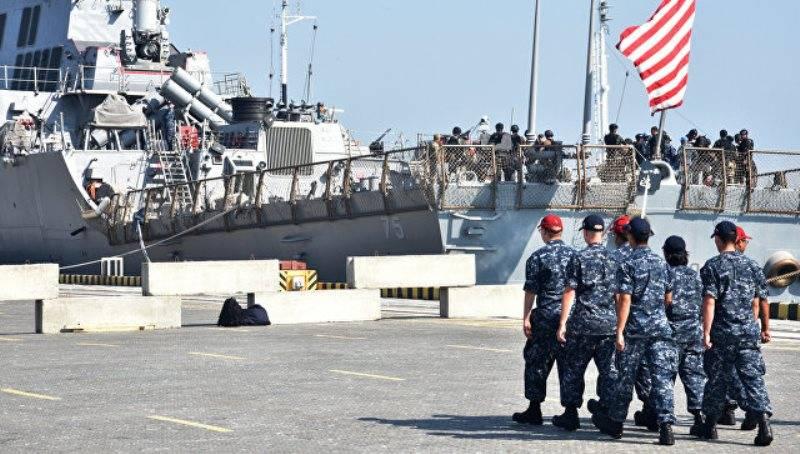VKS와 해군은 우크라이나 연안 Sea Breeze-2017 강의를 추적하고 있습니다.
