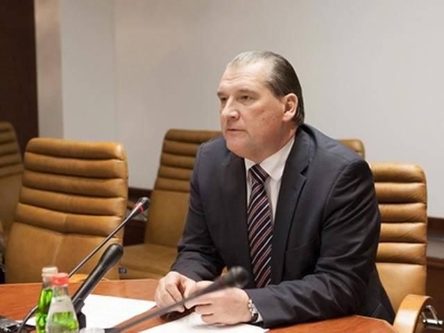 Сенатор Александров: Депутат должен получать значительно  больше, чем доктор  и педагог
