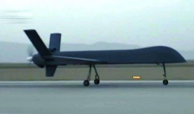 Серийный китайский беспилотник CH-5 совершил первый полет
