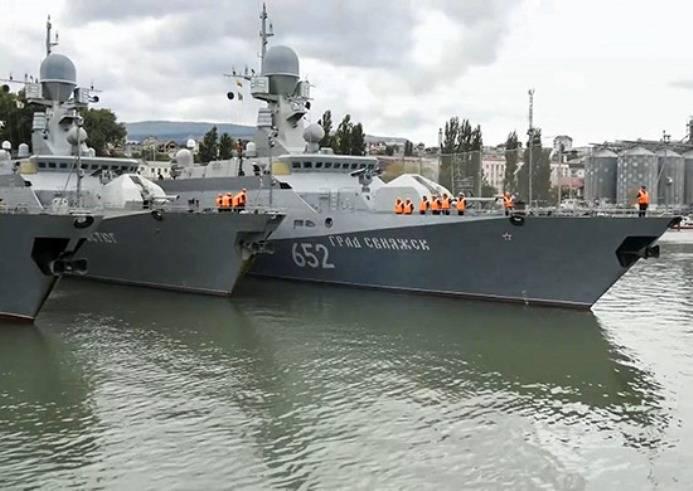 Корабли Каспийской флотилии вернулись в пункты базирования после учения