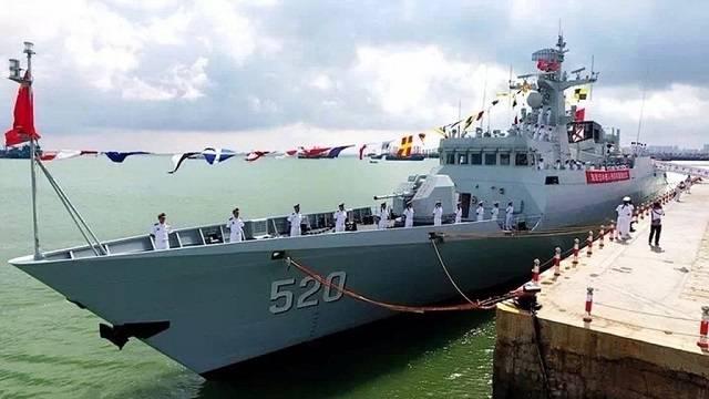 중국은 다른 타입의 056 코르벳 함을 채택했다.