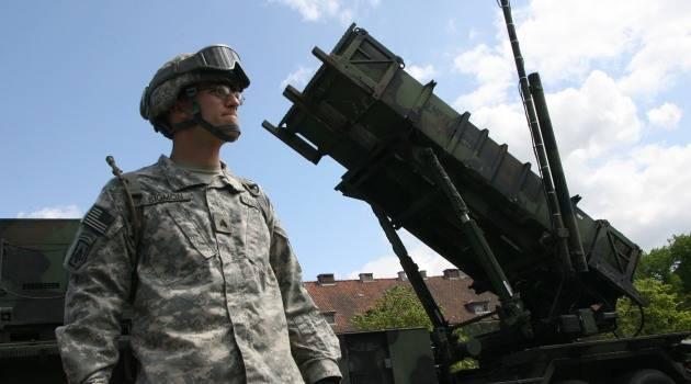 """США готовы разместить ракеты в ответ на """"нарушение"""" Россией договора РСМД"""