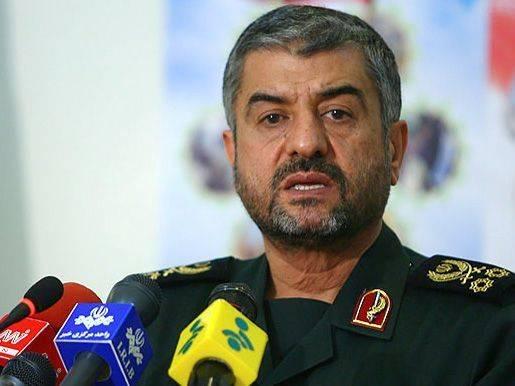 Командующий КСИР: США должны ликвидировать свои базы на расстоянии 1000 км от Ирана