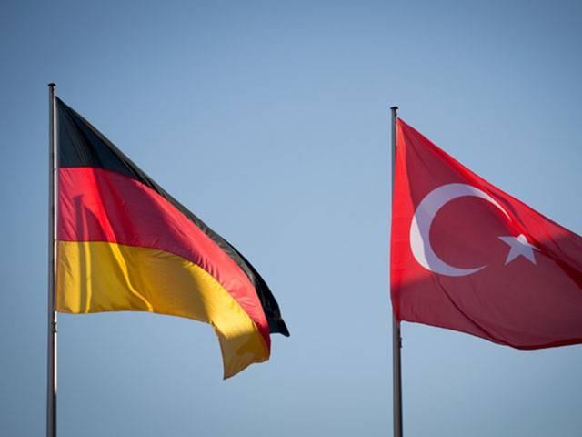 Германия планирует остановить поставки вооружения Турции