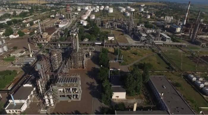 Госрейдерство на Украине. По решению суда конфисковано имущество Одесского НПЗ