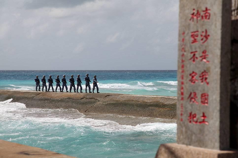 Китайские истребители отогнали самолет-шпион США вВосточно-Китайском море