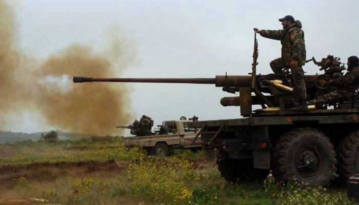 """""""Хезболлах"""" атакует последние оплоты террористов в районе Эрсаль на границе с Сирией"""