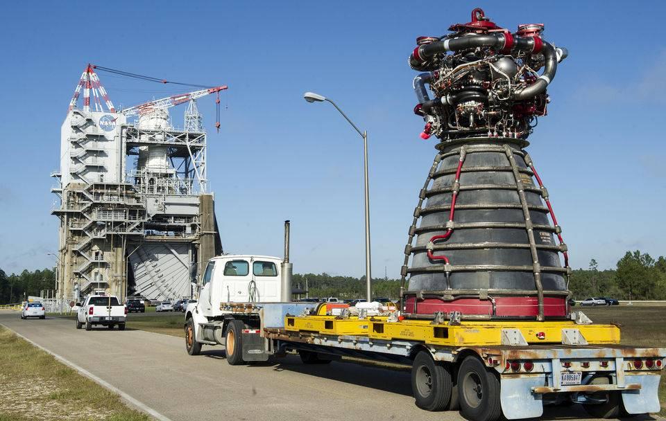 Картинки по запросу двигатель RS-25 space shuttle