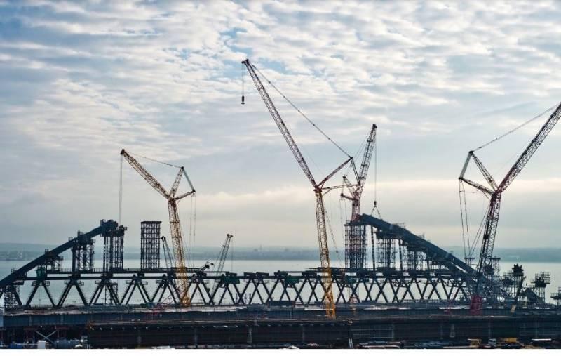 Украина потребует от России компенсацию потерь от возведения Керченского моста