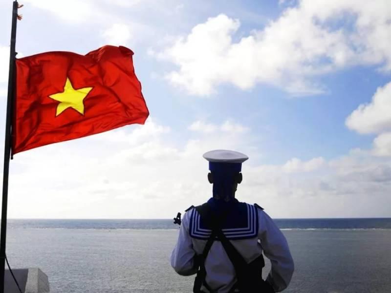 База ВМС КНР в Джибути имеет подземные сооружения