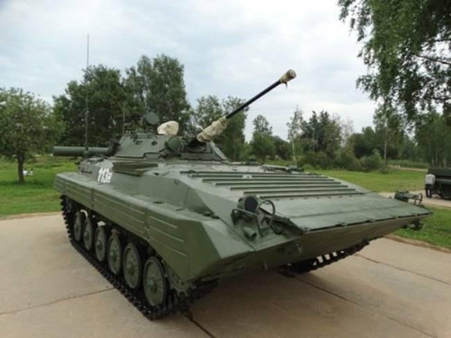 Alabino는 희귀 버전의 BMP-2를 선보입니다.