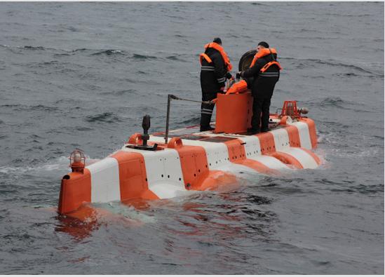 Впервые на Северном флоте спасательный глубоководный аппарат погрузился на глубину 1000 метров