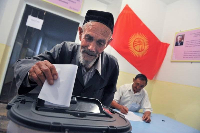 59 человек решили поучаствовать в президентской гонке в Киргизии