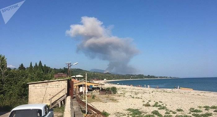 압하 지아에서는 국방부의 창고에서 탄약 폭발이 발생했다.