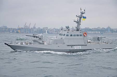 Кто кому угрожает на Черном море